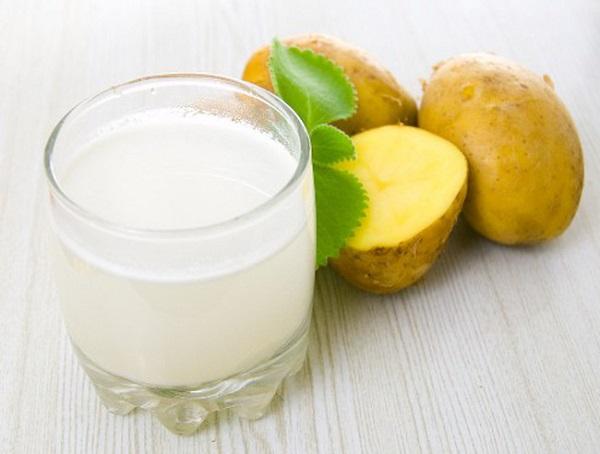 Khoai tây kết hợp sữa chua không đường là công thức trị mụn thâm hiệu quả