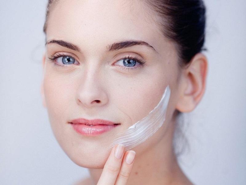 Hướng dẫn trang điểm cho làn da khô