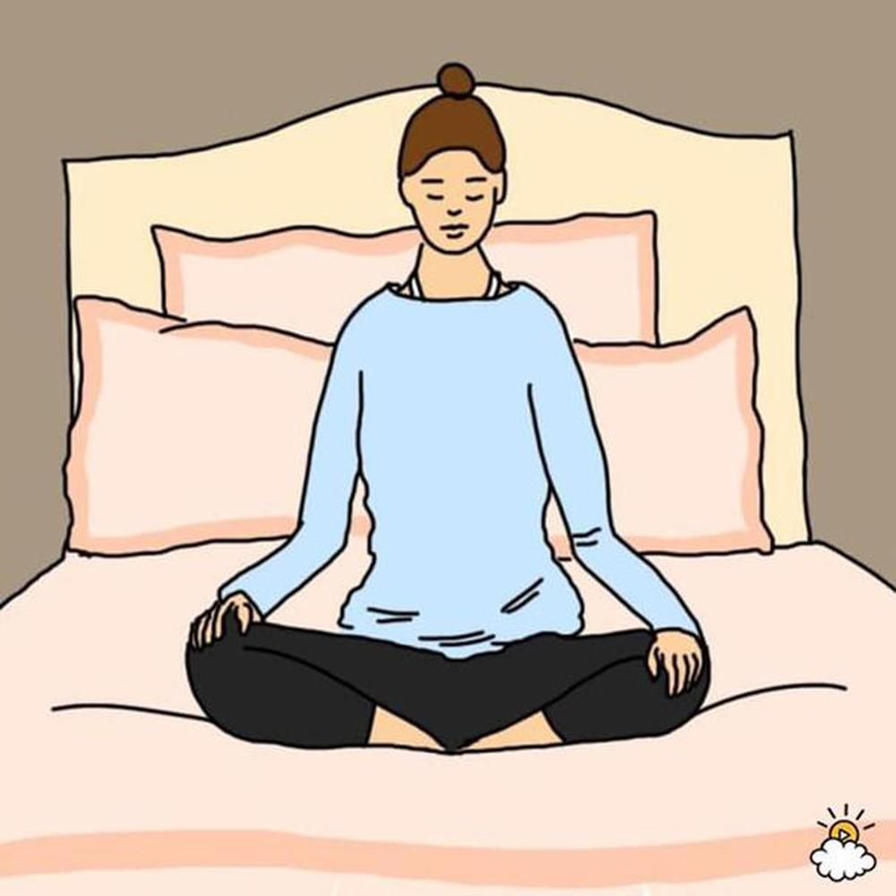 Động tác hít thở trước khi ngủ