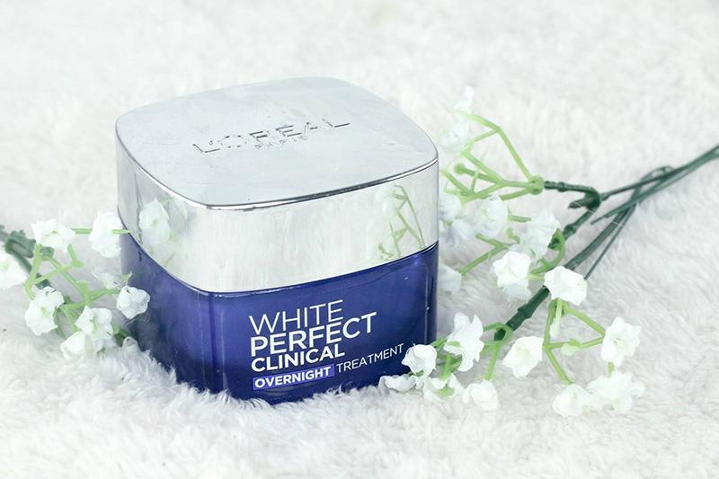 Bộ đôi kem dưỡng ban ngày và ban đêm giúp da mặt trắng sáng tự nhiên