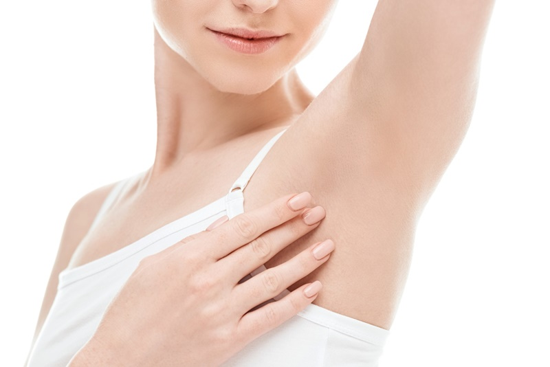 Cần lựa đúng sản phẩm lăn khử mùi cũng như cách sử dụng để khắc phục mùi hôi