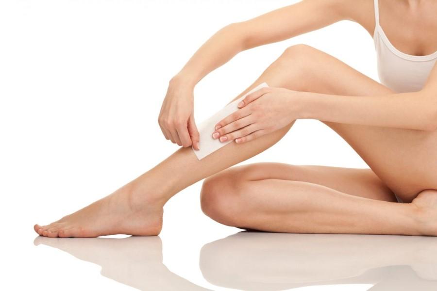 Wax lông chân chỉ là giải pháp triệt lông tạm thời