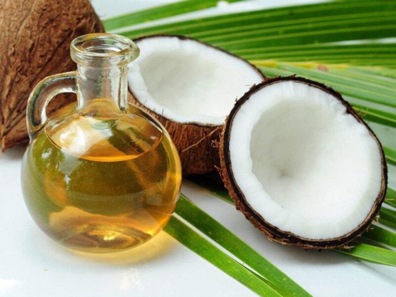 Công dụng của dầu dừa trong làm đẹp