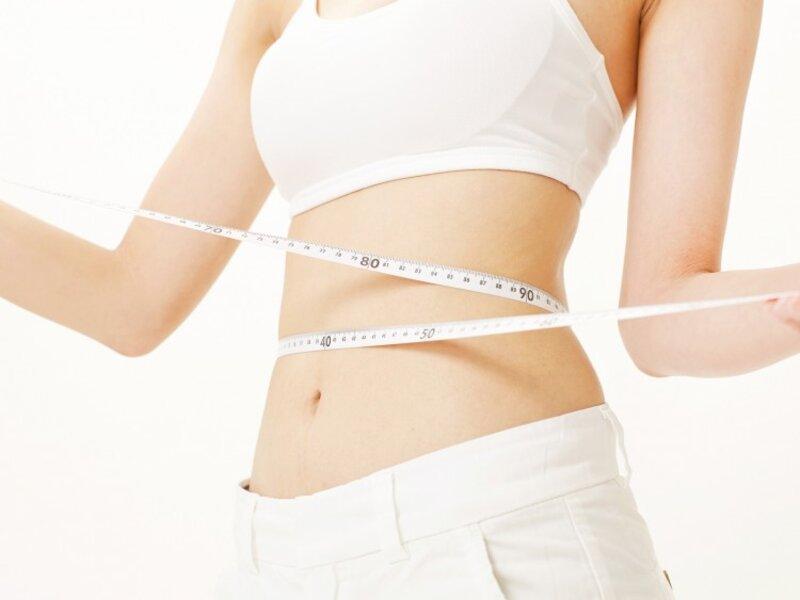 Dầu dừa hạn chế được lượng chất béo trong cơ thể giúp giảm cân nhanh chóng