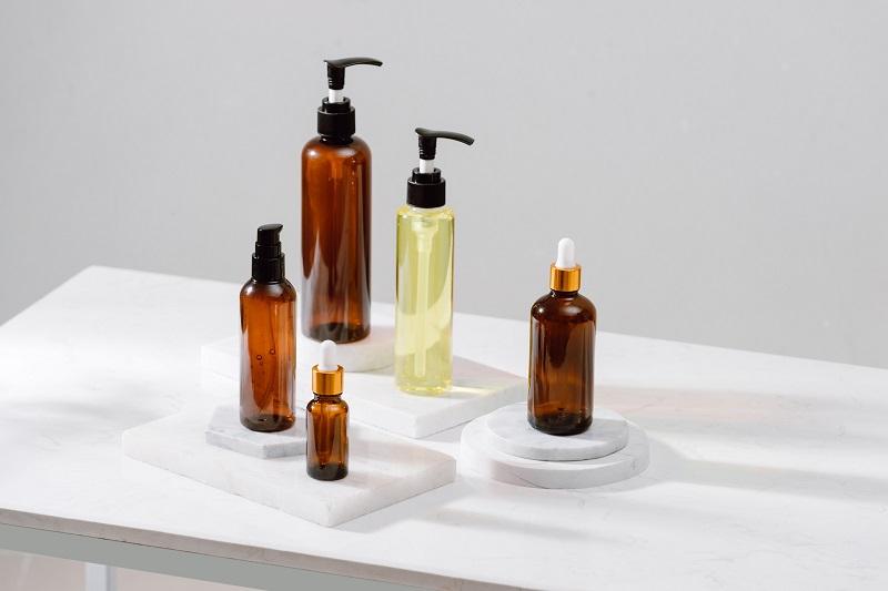 Ưu điểm lớn nhất của dầu tẩy trang phải nhắc đến là loại bỏ bụi bẩn và dầu nhờn rất hiệu quả