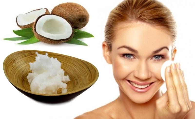 Rửa sạch dầu dừa trên da mặt để giúp lỗ chân lông thông thoáng