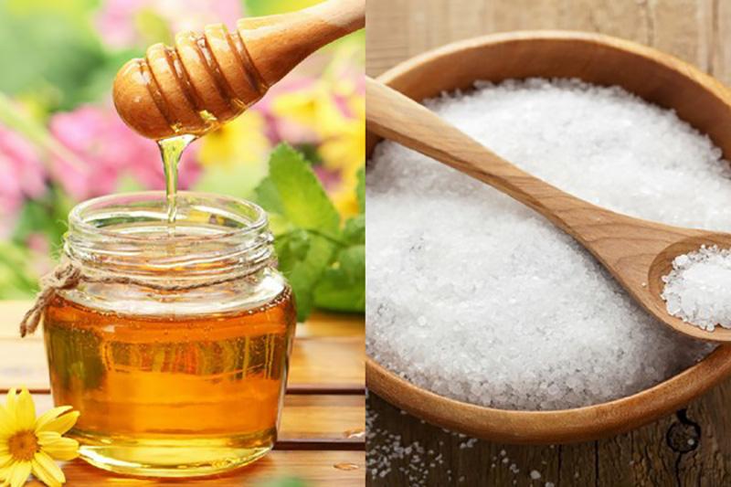 Những điều nên lưu ý khi tắm bằng muối ăn