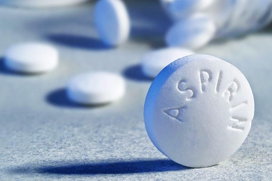 Trị mụn trứng cá bằng thuốc tây Aspirin