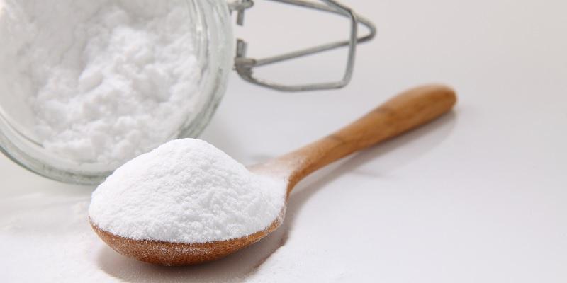 Wax lông với baking soda