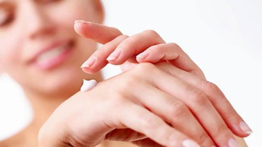 Cấp ẩm để da khỏe mạnh và chống lại các triệu chứng dị ứng một cách tự nhiên