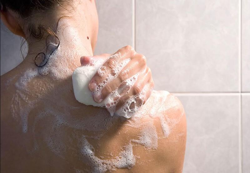 Xà phòng tắm trắng chỉ là trò lừa gạt
