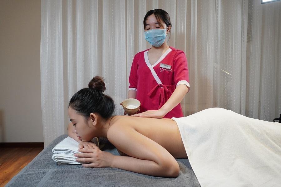 Nghề spa cung cấp các kiến thức chăm sóc da, có thể áp dụng cho cả bản thân